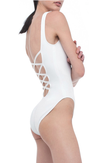 Norma Kamali Swimwear Resort 2016 on ModaOperandi