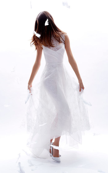 Monique Lhuillier Bridal Fall/Winter 2016 on Moda Operandi