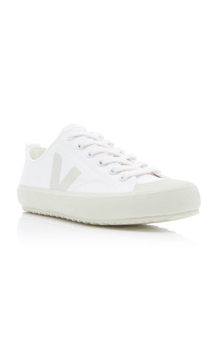 Nova Canvas Sneakers