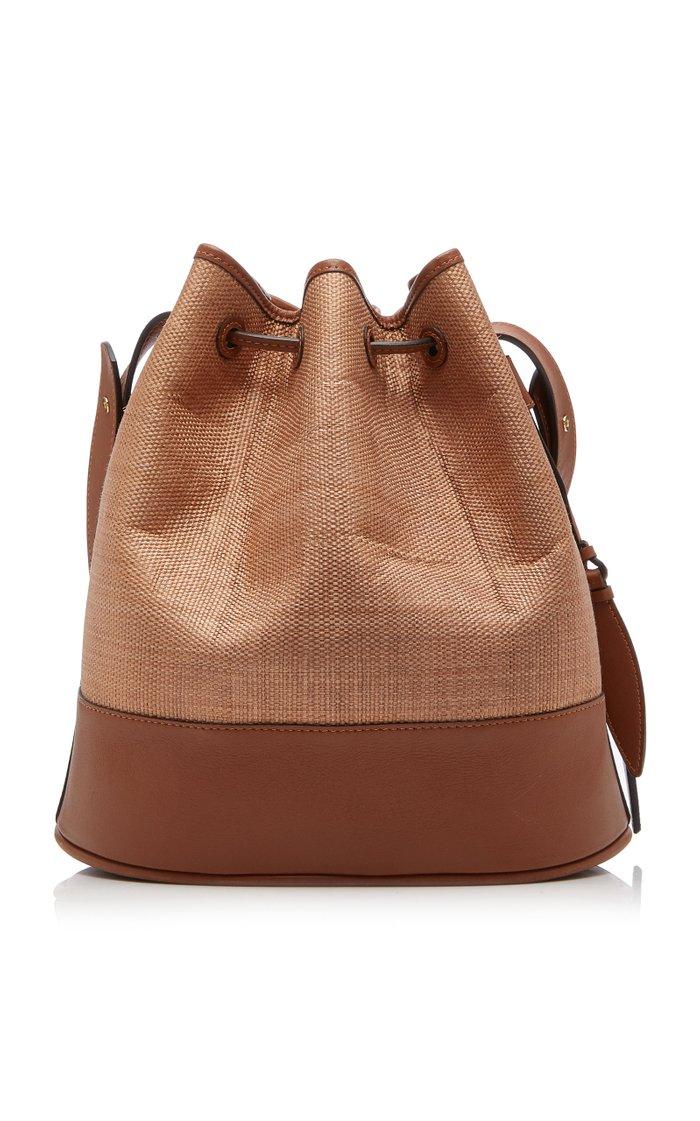 The Large Drawstring Leather and Fique Shoulder Bag