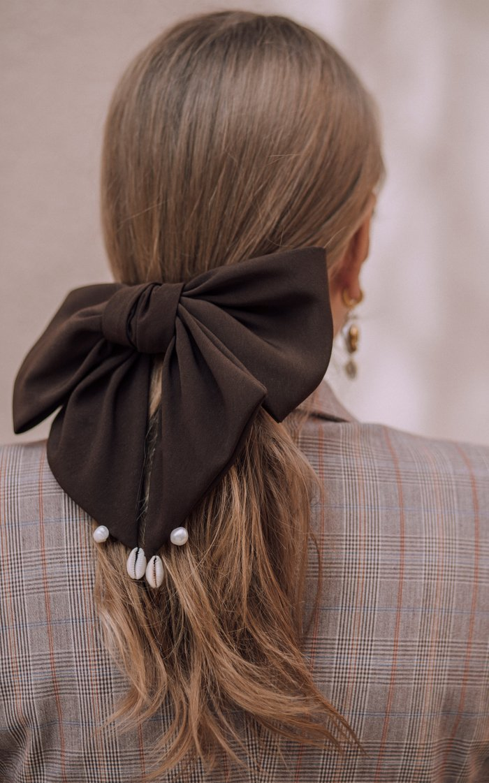 Pearl And Shell-Embellished Satin Hair Bow