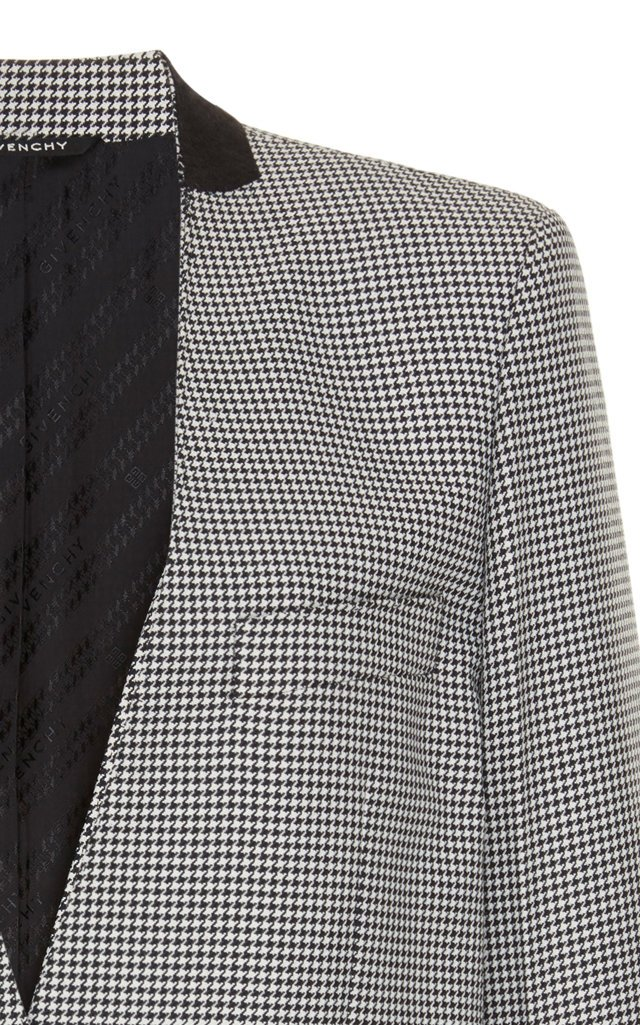 Collarless Gingham Blazer