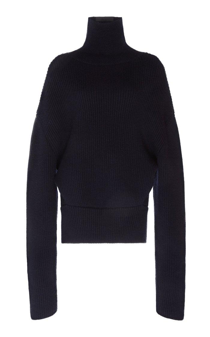 Oversized Ribbed Wool Turtleneck Sweater