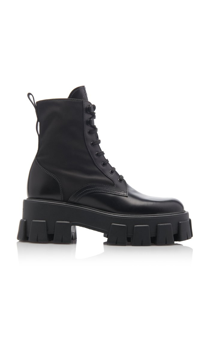 Pouch-Detailed Leather Lace-Up Boots