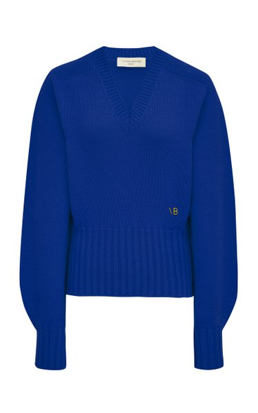 https://cdn.modaoperandi.com/img/images/products/818315/439021/large_victoria-beckham-blue-oversized-embroidered-wool-sweater.jpg?_v=1606846925&h=600&operation=resize&w=700