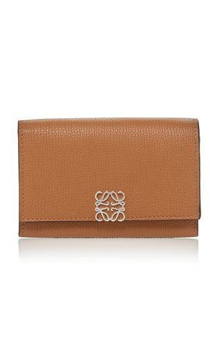 Anagram-Detailed Leather Wallet-On-Chain Bag