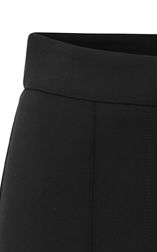 Cropped Stretch Shorts