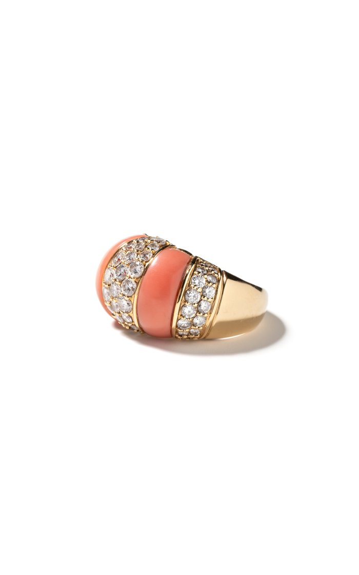 Vintage 18K Yellow Gold Striped Coral & Diamond Ring