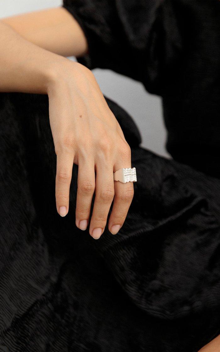 Unda Sterling Silver Ring