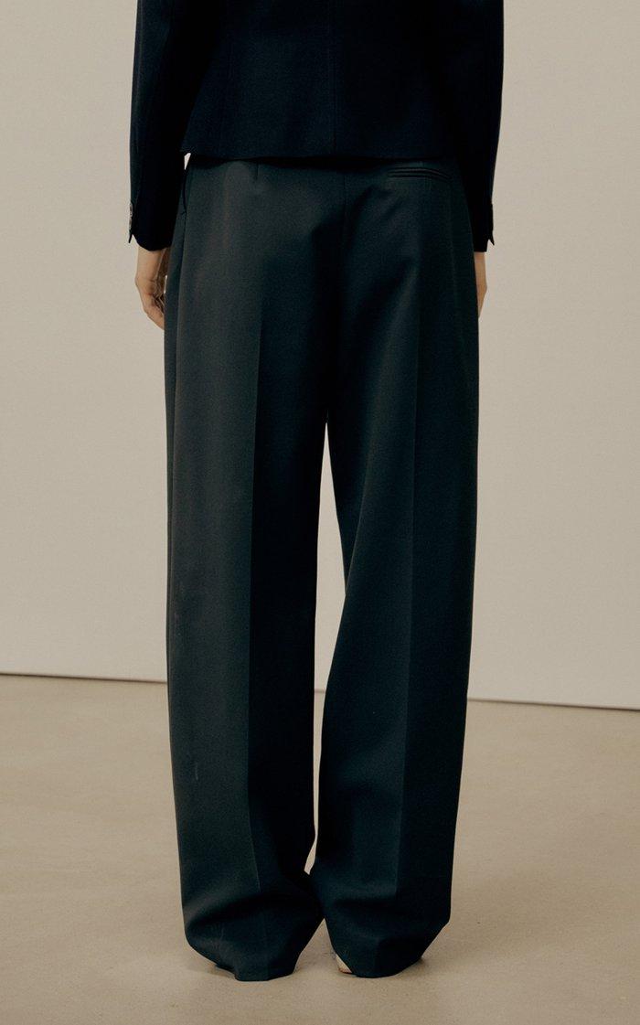 Pleated Crepe Straight-Leg Trousers