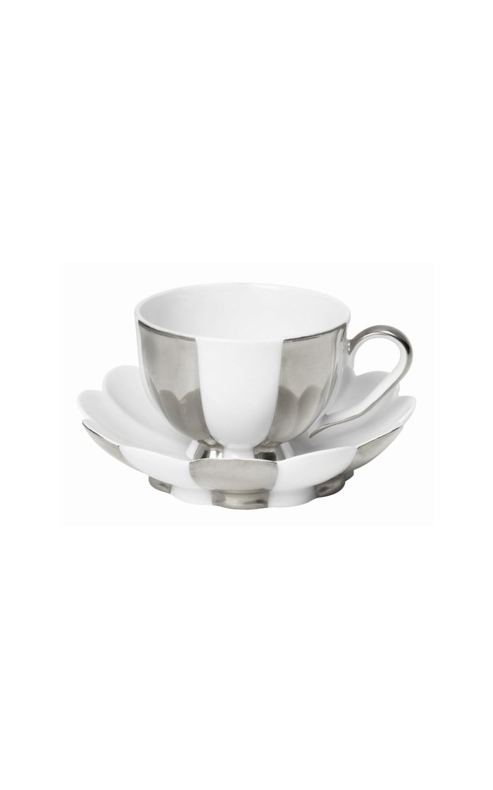 Set Of  4 Small Mocha Cups And Saucers