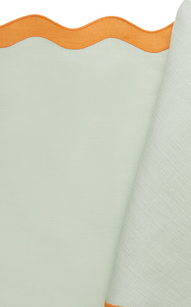 Scalloped Linen Placemat and Napkin Set