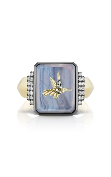 Hummingbird 18K Yellow Gold Agate, Diamond Signet Ring